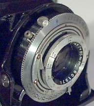 Photo of Apotar lens in Compur-Rapid shutter