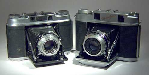 Agfa Super Isolette and Iskra side by side